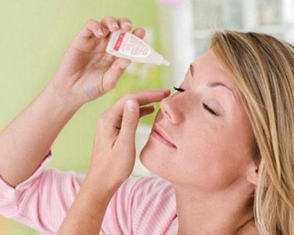 Cách xử lý khi bị tổn thương ở mắt đơn giản tại nhà, cach xu ly khi bi ton thuong o mat don gian tai nha