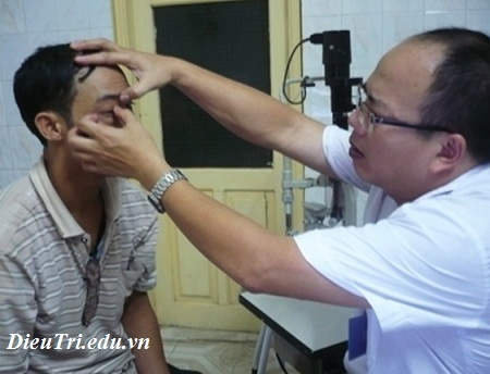 Điều trị bệnh đau mắt đỏ, dieu tri benh dau mat do
