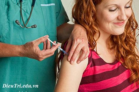 Tiêm vắc xin phòng bệnh quai bị, tiem vac xin phong benh quai bi